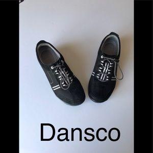 Dansko  sneakers size 40 Europe 8 in USA